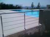 Κάγκελα ανοξείδωτα πισίνας